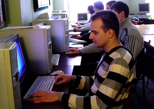 Навчальний процес на кафедрі обчислювальної механіки та міцності конструкцій