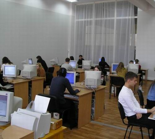 Computer class in library
